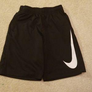 Nike dri fit boys athletic shorts size 7